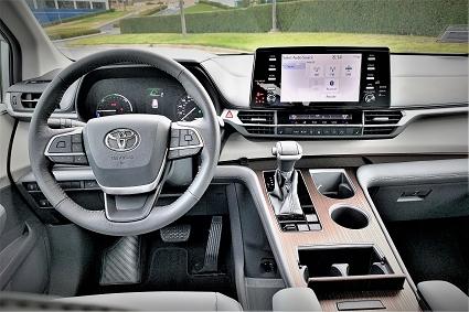 2021 Sienna XLE Driver Seat